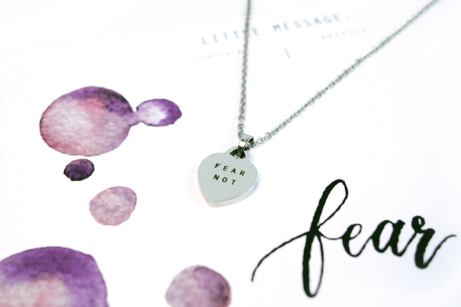 Heart necklace engraved Fear Not