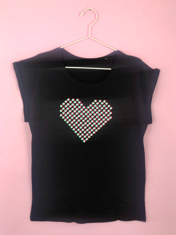 DOT HEART  t shirt