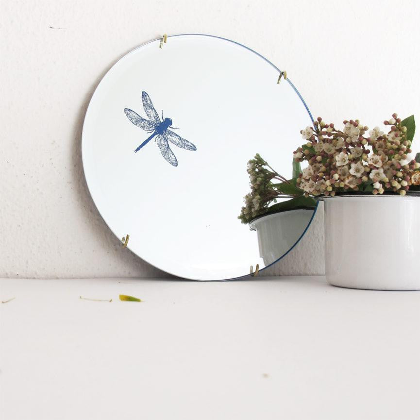 Mirror of Wonders - Dragonfly - A Luz Natural