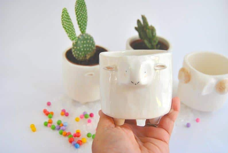 Barruntando Ceramics - Sheep Planter - A Luz Natural