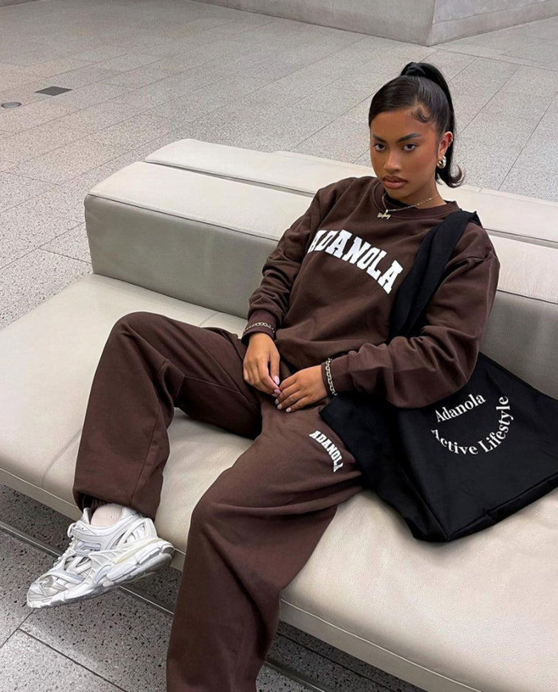 Load image into Gallery viewer, Adanola Essential Sweatpants - Chocolate