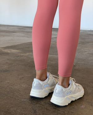 Load image into Gallery viewer, Ultimate Leggings - Coral