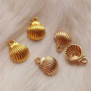 Lovely seashell charm | Gold charm | Seashell charm | KC gold charm
