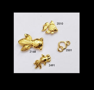 Gold fish embellishment | Fish inclusion | Gold accent | Resin embellishment | Resin inclusion | Gold fish charm