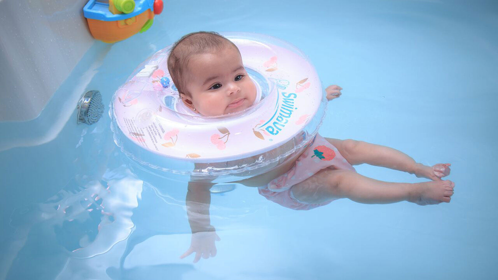 Swimming baby products. Baby products store. Swimming products for baby.