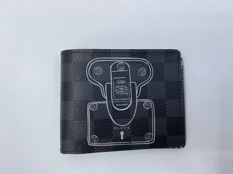 Multiple Wallet Damier Graphite Trunck & Lock