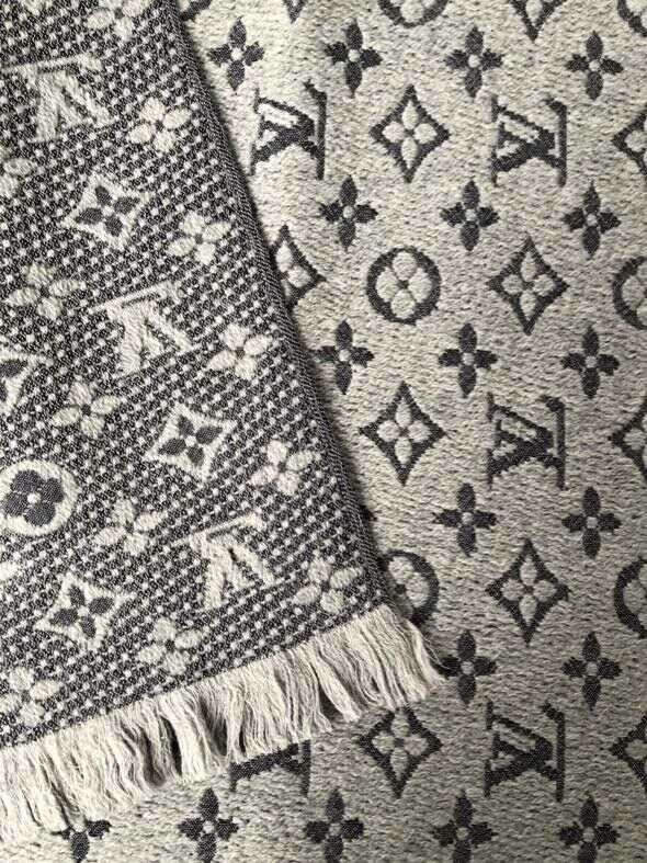 Louis Vuitton Monogram Classic Scarf - Luxuria & Co.