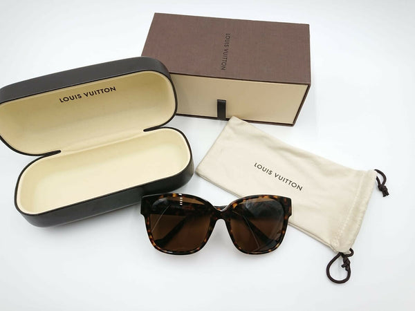 Louis Vuitton Cameleon Sunglasses W Dark Tortoise - Luxuria & Co.