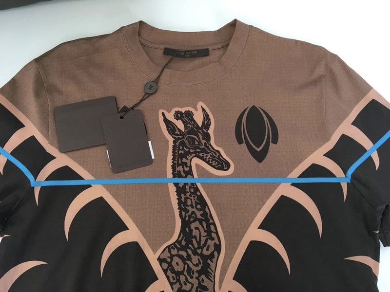 Louis Vuitton Chapman Giraffe T-Shirt - Luxuria & Co.