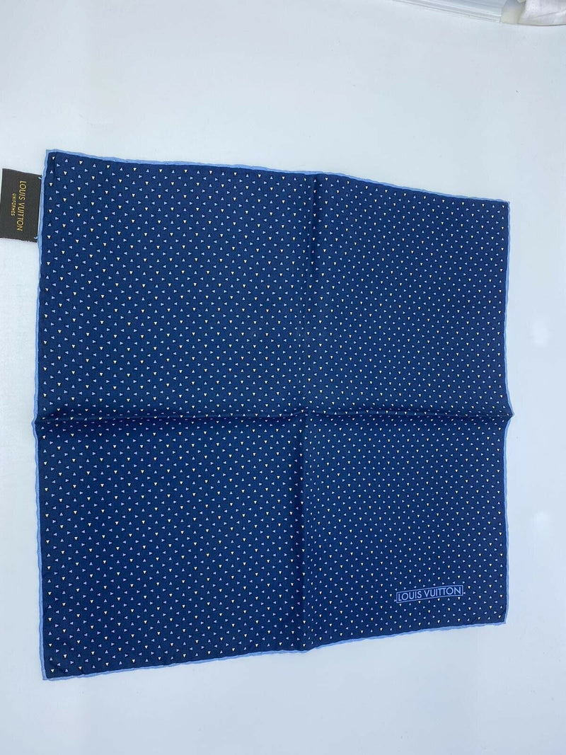 Louis Vuitton Uniformes 100% Silk Pocket Square With Triangles - Luxuria & Co.