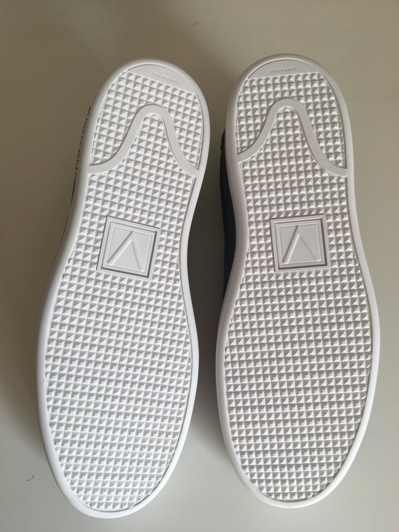 Louis Vuitton Frontrow Slip-On - Luxuria & Co.