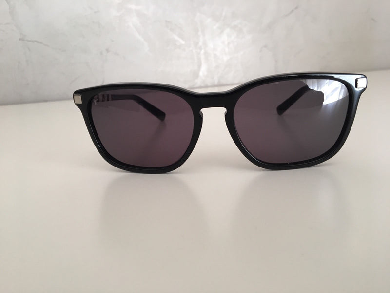 Louis Vuitton Conviction W Sunglasses - Luxuria & Co.