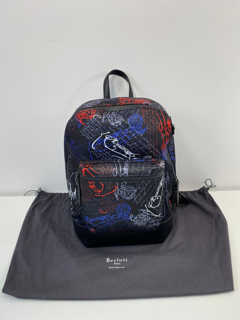Volume Backpack Multicolor Scritto