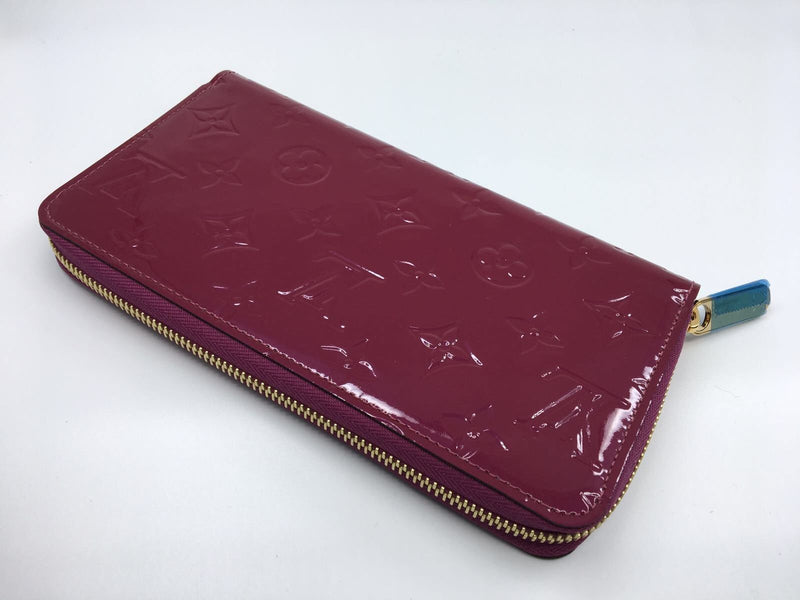 Louis Vuitton Zippy Wallet Monogram Vernis Violette - Luxuria & Co.