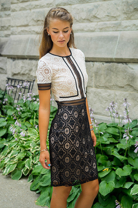 Wave Hello Lace Dress