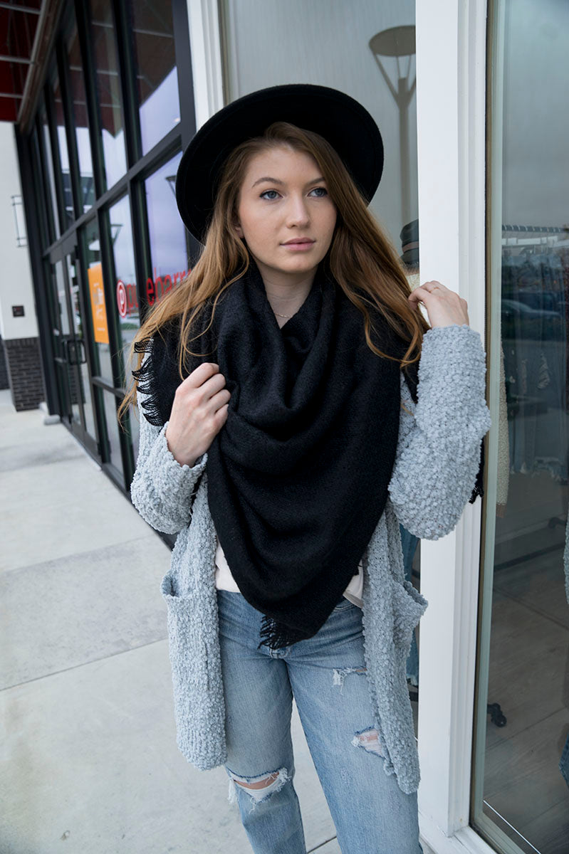 Solid Blanket Scarf (Black)
