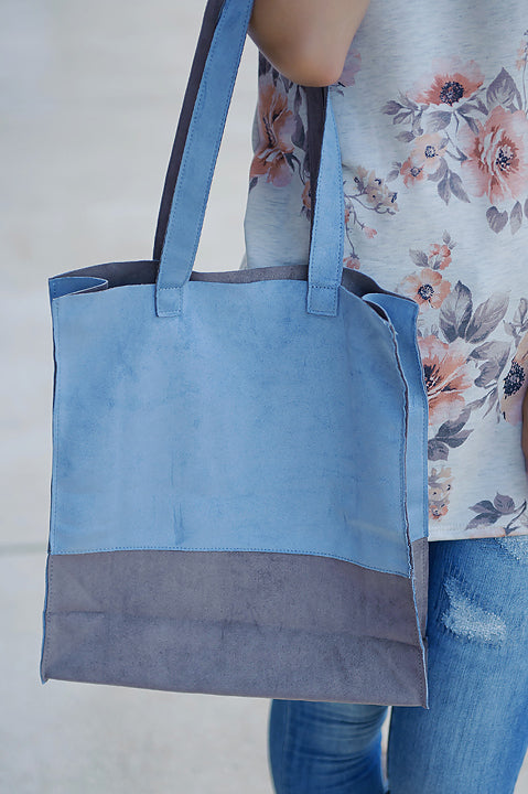 By My Side Tote - Blue FINAL SALE
