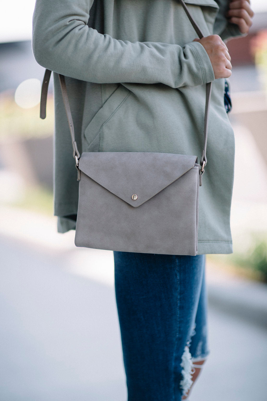 Envelope Crossbody - Taupe