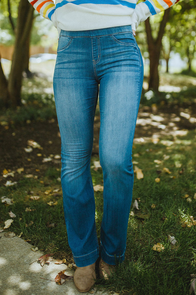 Step Above Mid Rise Flare Jegging