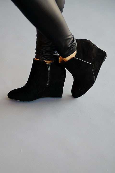 Vermont Wedge Bootie - Black (Final Sale)