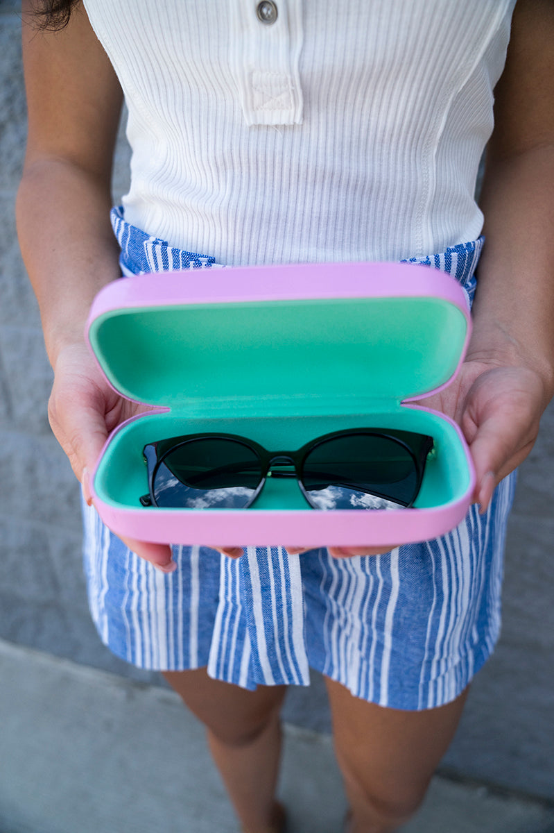 Sunglass Case (Light Pink)
