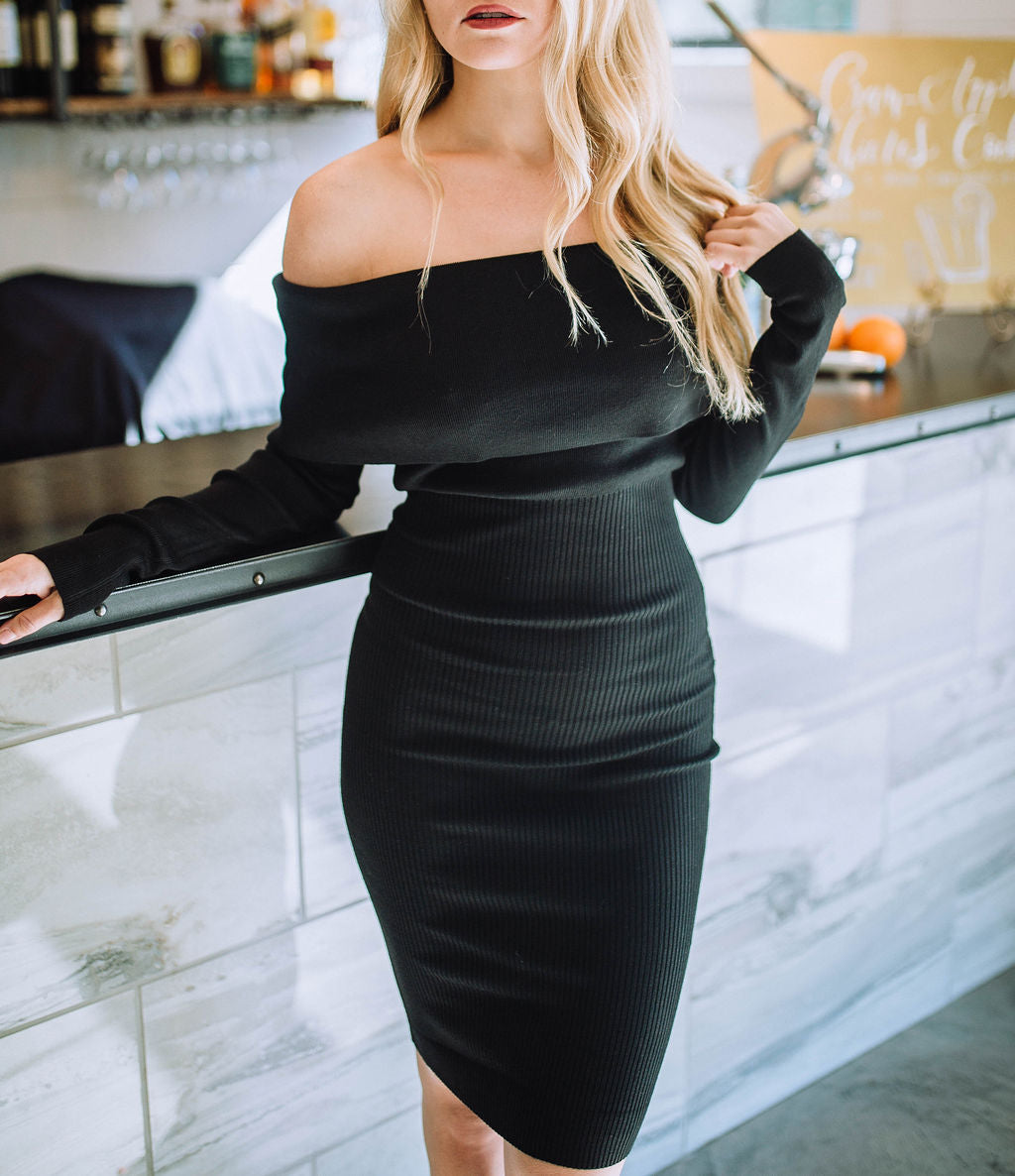 Legendary Look Off Shoulder Bodycon Dress (Black)