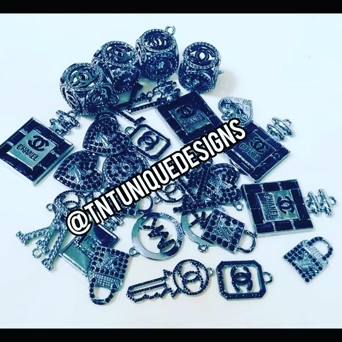 TNT BLACK & SMOKE GRAY BULK 20 CHARMS PACK