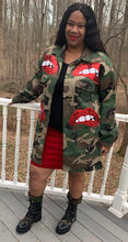 Load image into Gallery viewer, TNT ARMY RED LIP JACKET