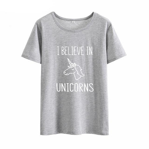 Women's I Believe In Unicorns T-Shirt