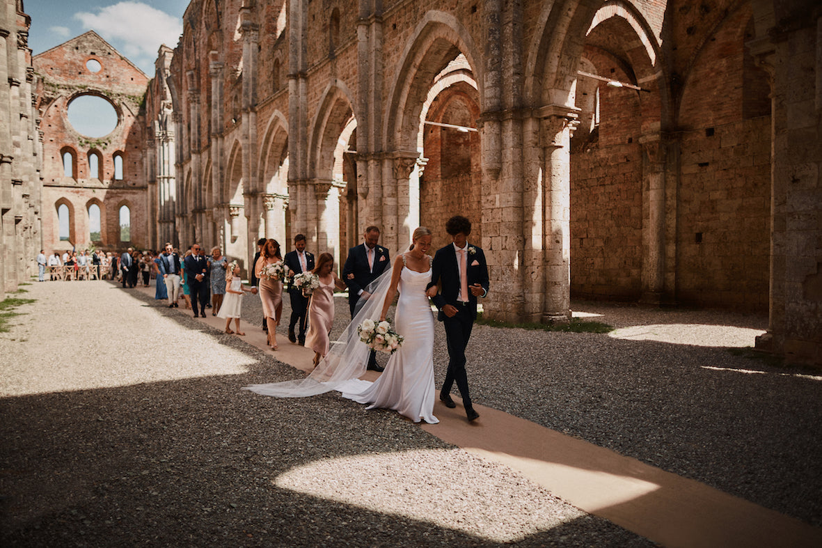 Parcel London blog, Just saying, Advice for Brides. Italian wedding Tuscany Abbey san galgano