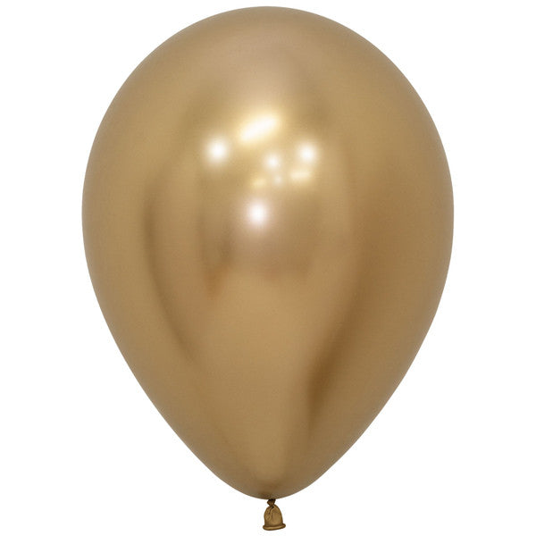 Gold shiny latex balloon.
