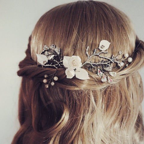 Nature inspired Bridal hair vine