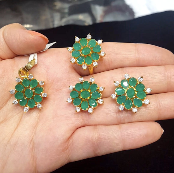 Semiprecious Emerald and American Diamond Pendant Set with a Ring