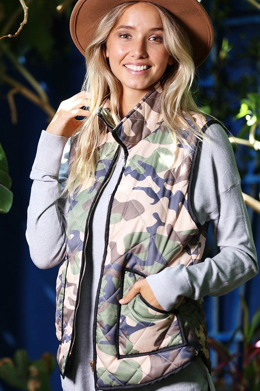 CAMOUFLAGE PADDED VEST WITH FRONT ZIPPER