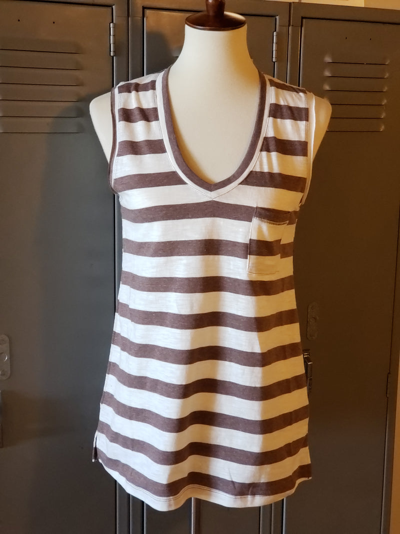 Stripe V-Neck Relax Fit Sleeveless Top