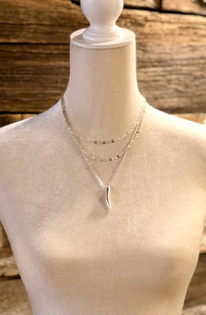 Metal Horn Layered Choker Necklace