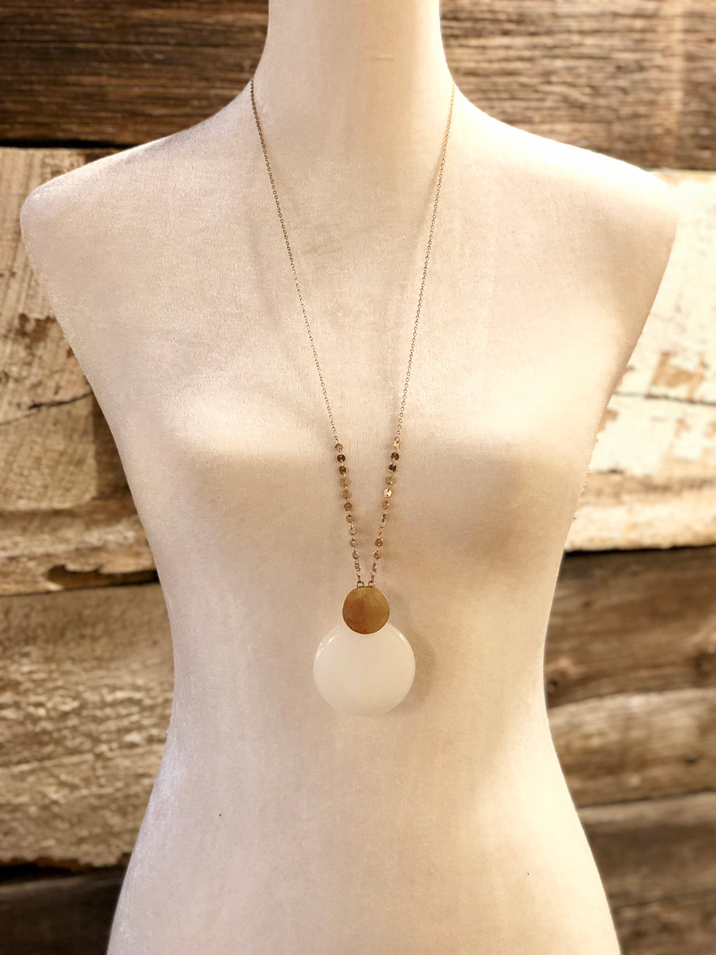 Stone Disc Pendant Necklace