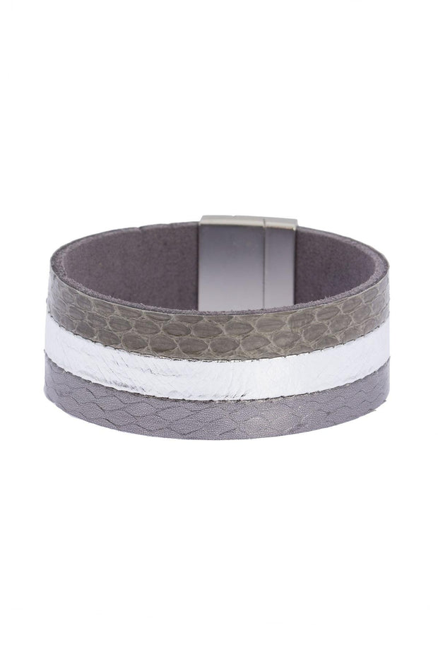 Tasteful Leather Bracelet