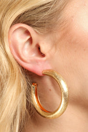 Perfect Staple Hoop Earring