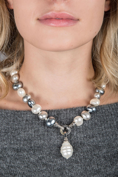 Neapolitan Pearl Necklace