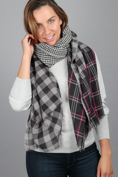 Staten Plaid Scarf