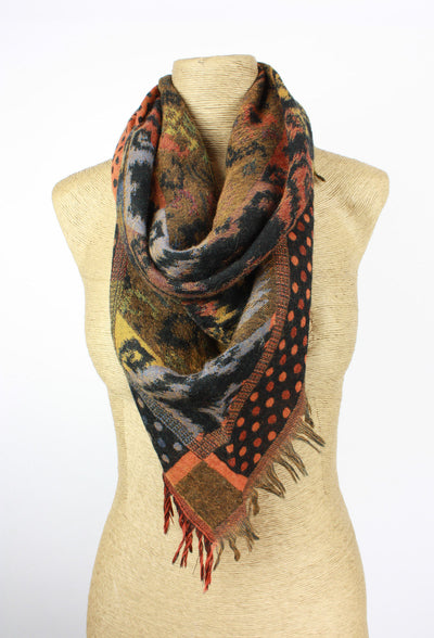 Classic Wool Scarf with Fringe