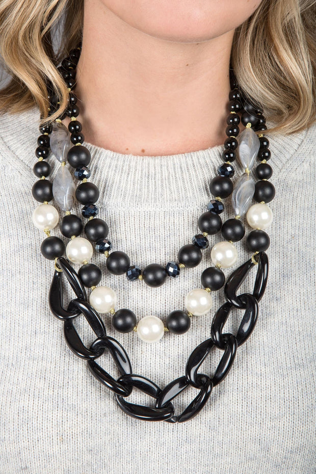 Betty Necklace BLACK