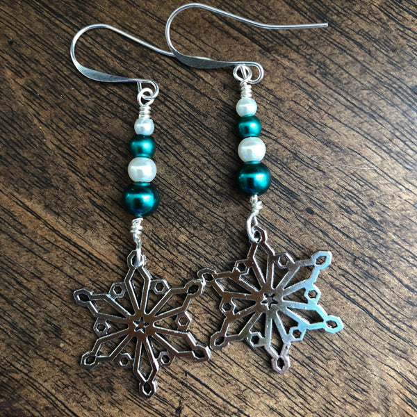 Snowflake 5 Earrings from the Christmas Collection