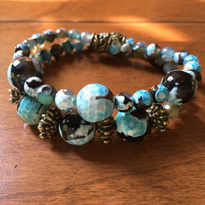Antiqued Metal Earthy Blue Agate Bracelet Set
