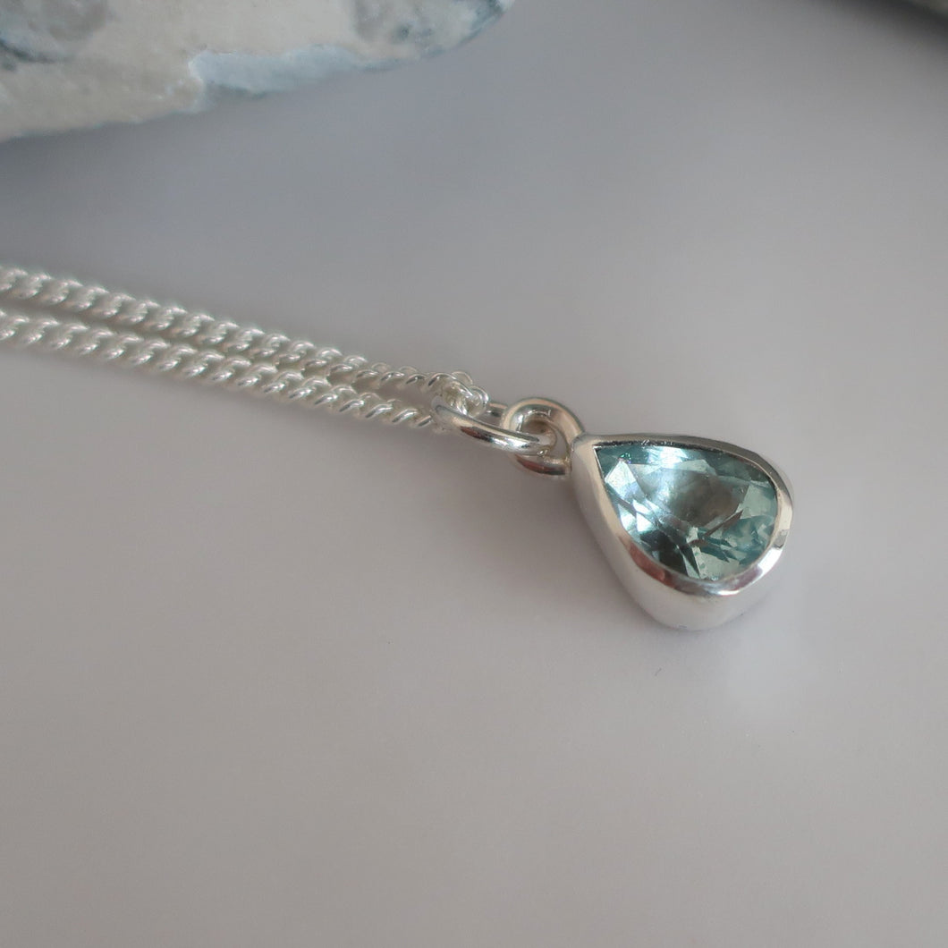 Aquamarine Pendant and Chain