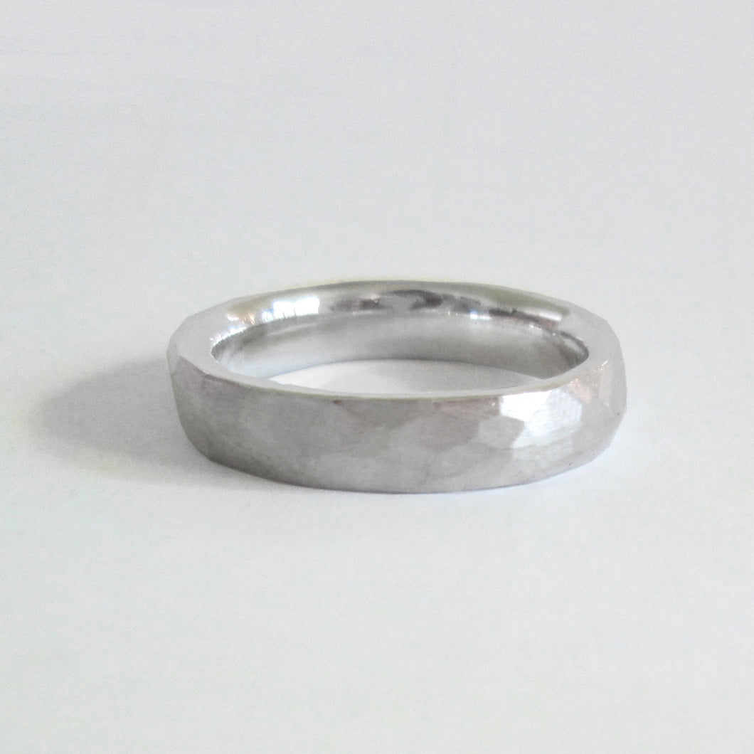 Faceted Band -4.5mm
