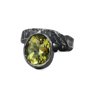 Lemon Quartz Brutalist Style Ring