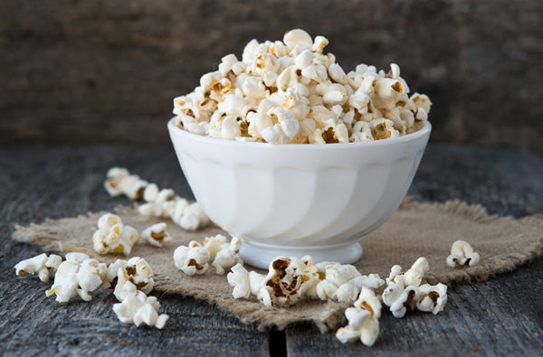 Make This Delicious Coconut Oil Popcorn in Less Than 10 Minutes