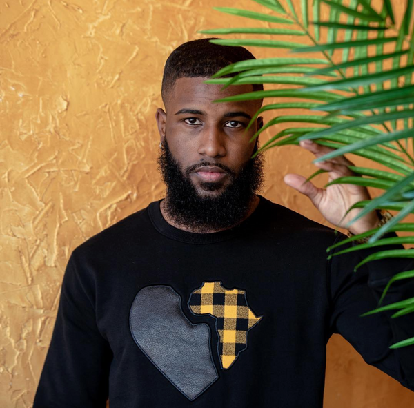 amore noir africa love black sweat shirt afrocentric gift guide for him